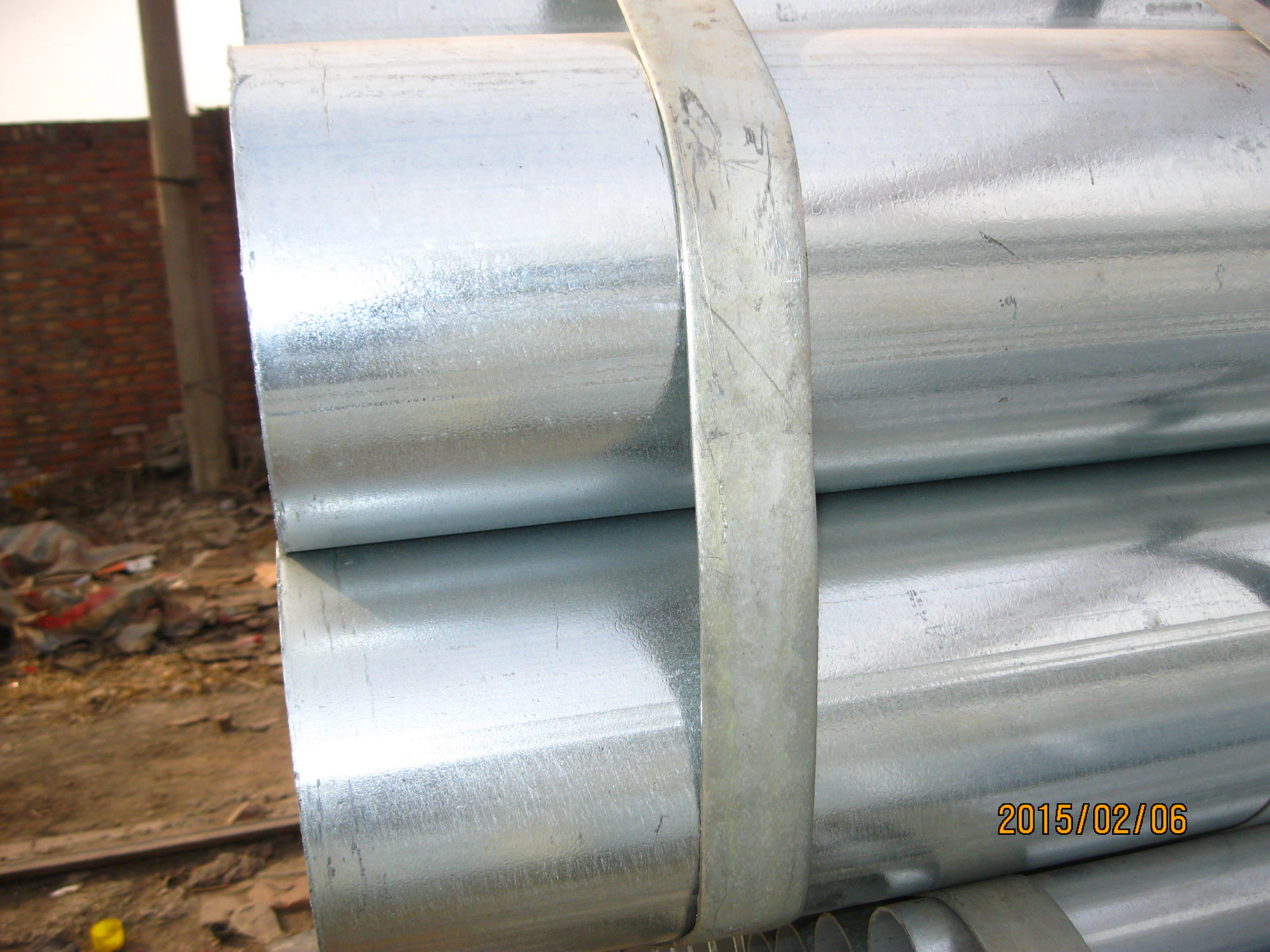 Hot-dipped galvanized steel pipes and structures